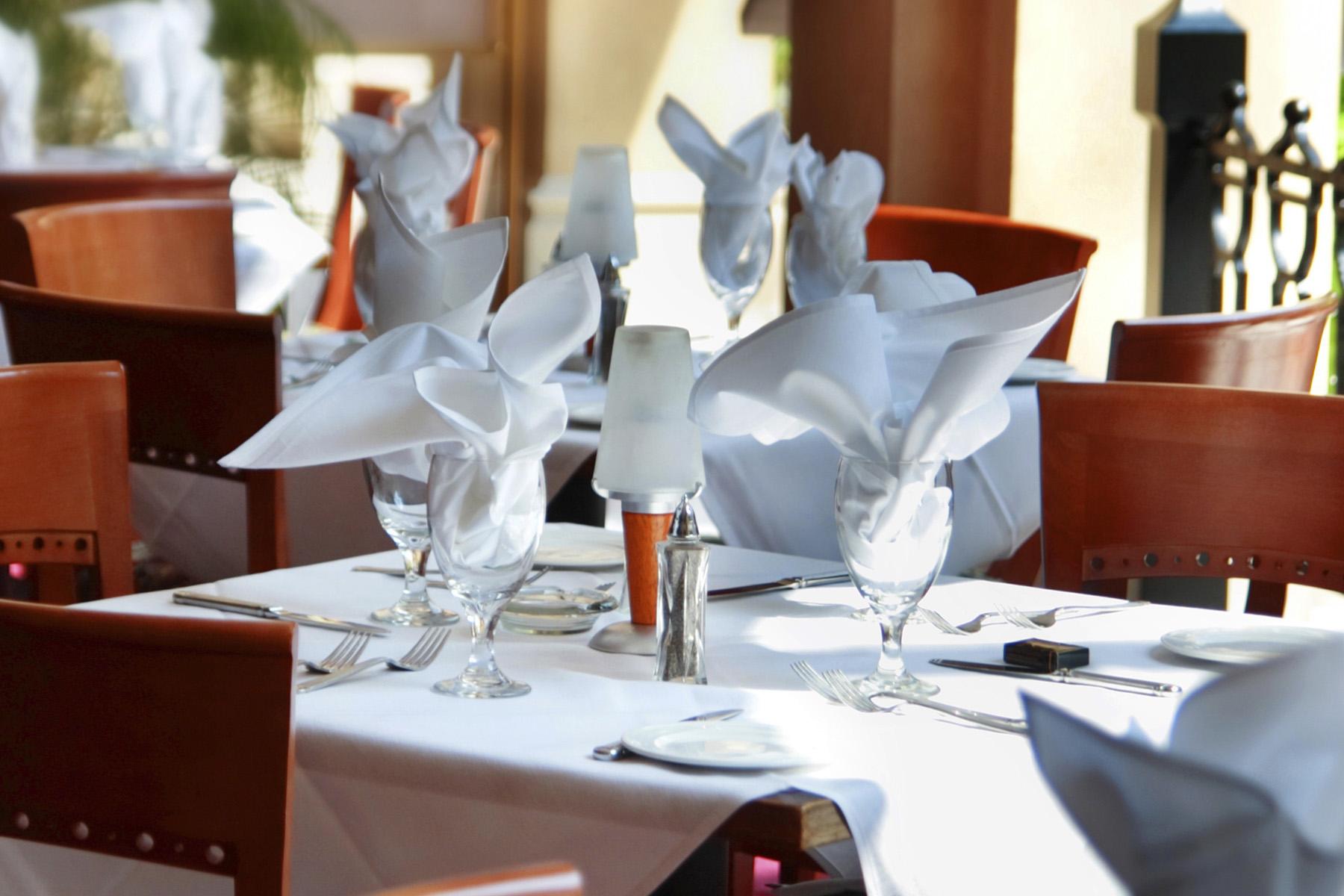 White Tablecloth Restaurant - Tablecloths